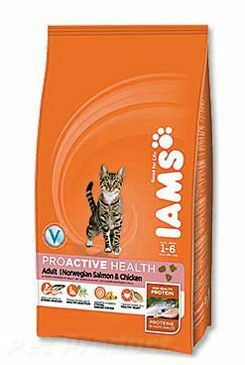 Iams Cat rich in Salmon 3kg