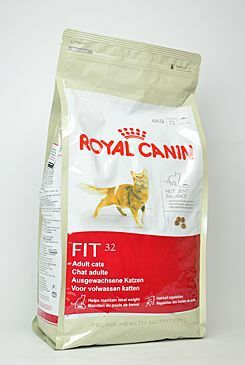Royal canin Kom.  Feline Fit 32 4kg